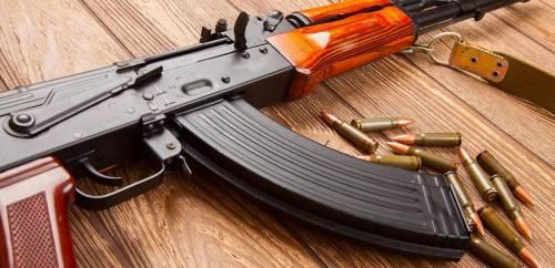 Camorra, collaudato traffico d'armi dall'Austria riforniva i clan campani