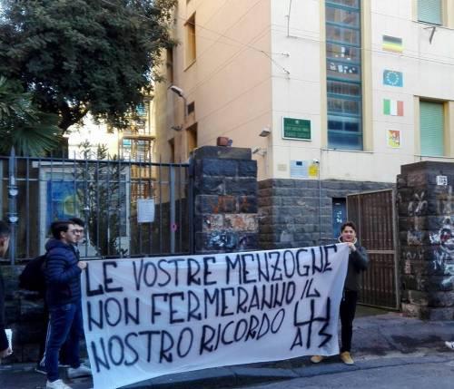 La protesta degli studenti del Liceo Classico Mario Cutelli