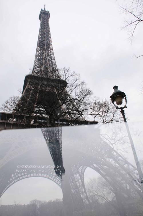 A Parigi crolla il turismo a causa della paura di nuovi attentati