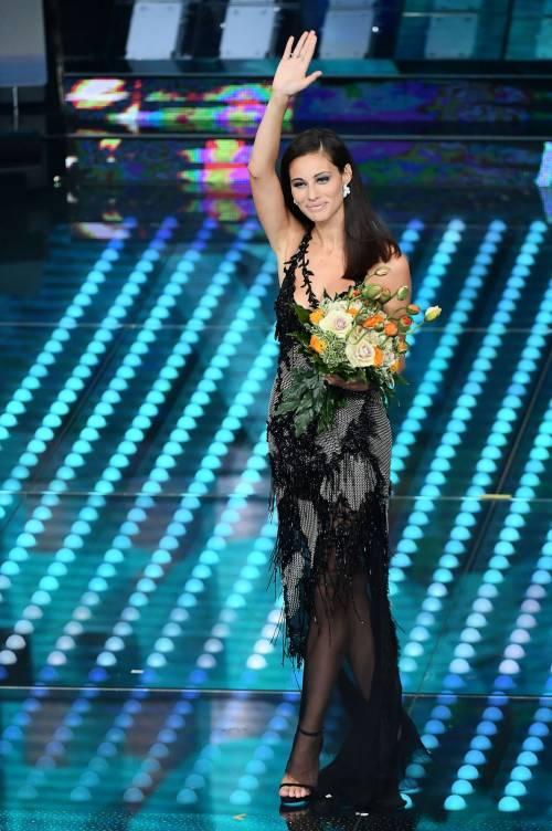 Marika Pellegrini sul palco di Sanremo 3