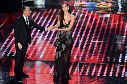 Marika Pellegrini sul palco di Sanremo 4