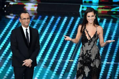 Marika Pellegrini sul palco di Sanremo 9
