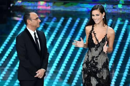 Marika Pellegrini sul palco di Sanremo 10