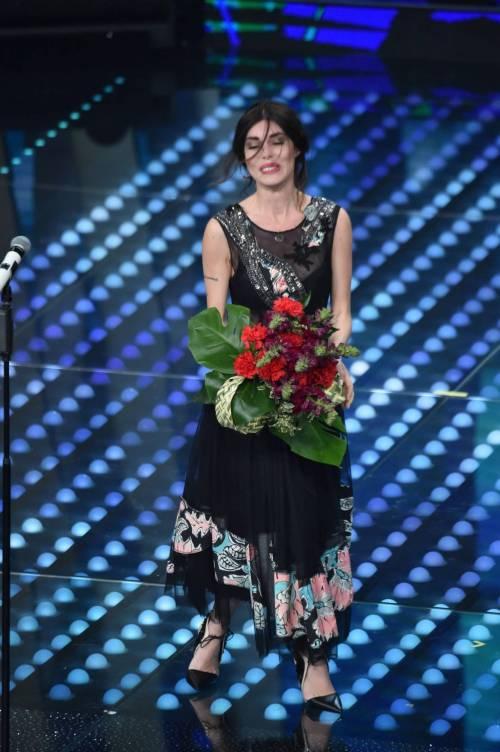 Bianca Atzei si commuove sul palco di Sanremo 1