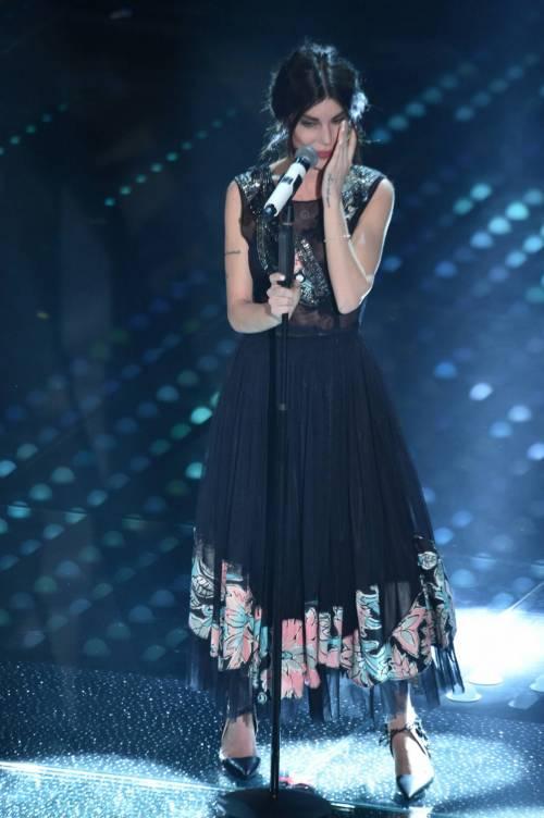 Bianca Atzei si commuove sul palco di Sanremo 7