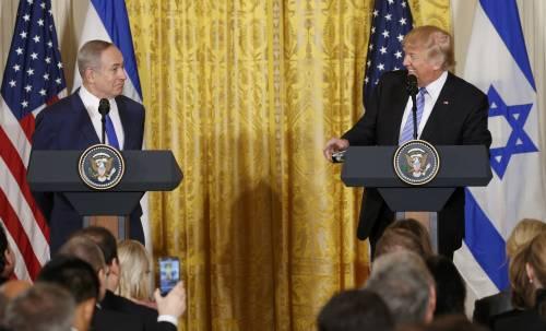 Trump incontra Netanyahu alla Casa Bianca: Faremo di tutto per impedire che l'Iran abbia armi nucleari