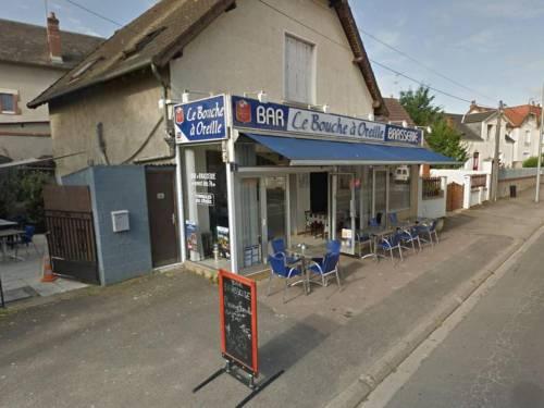 """Un bar per operai francese ha """"vinto"""" una stella Michelin"""