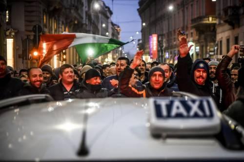 La protesta dei tassisti a Milano  5