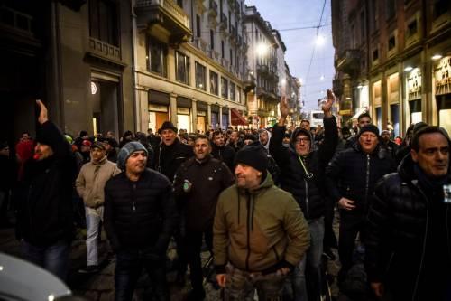 La protesta dei tassisti a Milano  15