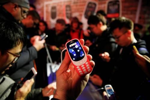 """Ecco il """"nuovo"""" Nokia 3310 12"""