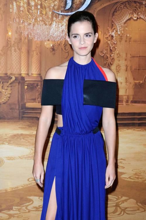 Emma Watson, sexy Bella sul red carpet 27