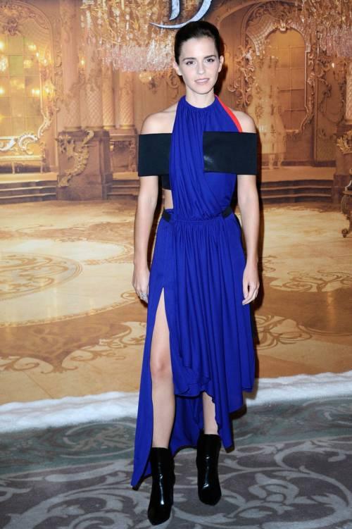Emma Watson, sexy Bella sul red carpet 30