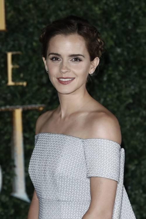 Emma Watson, sexy Bella sul red carpet 35