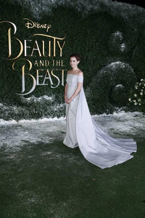 Emma Watson, sexy Bella sul red carpet 40