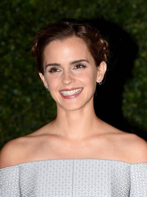 Emma Watson, sexy Bella sul red carpet 42