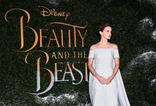 Emma Watson, sexy Bella sul red carpet 44