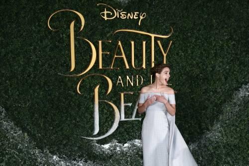Emma Watson, sexy Bella sul red carpet 48