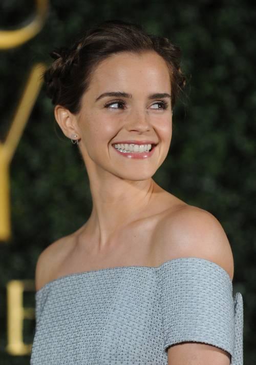 Emma Watson, sexy Bella sul red carpet 56