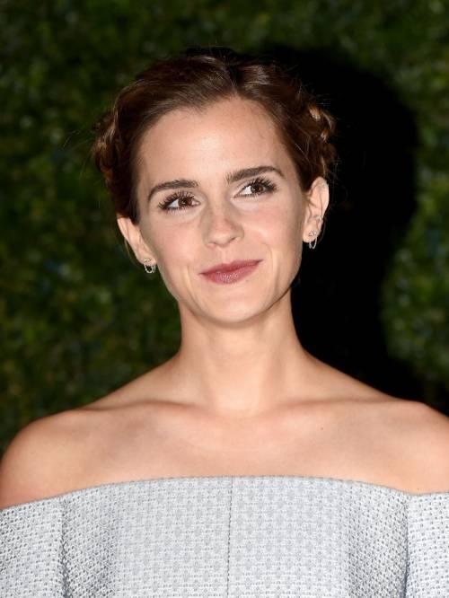 Emma Watson, sexy Bella sul red carpet 57
