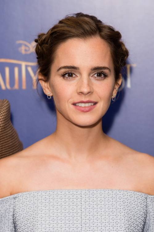 Emma Watson, sexy Bella sul red carpet 8