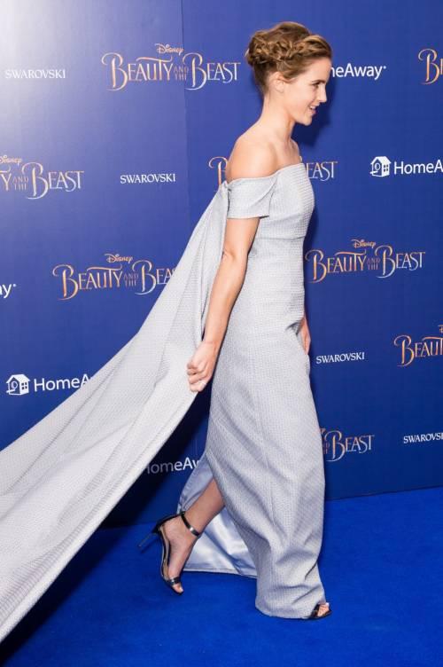 Emma Watson, sexy Bella sul red carpet 11