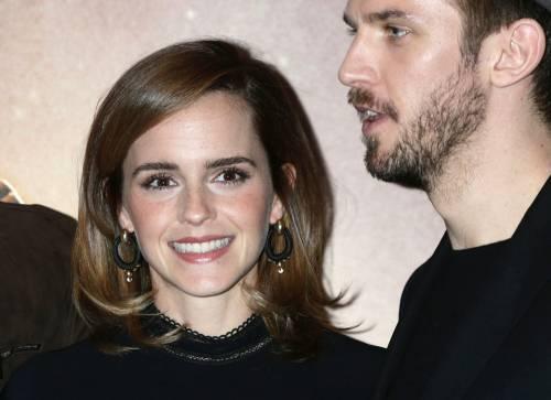 Emma Watson, sexy Bella sul red carpet 13