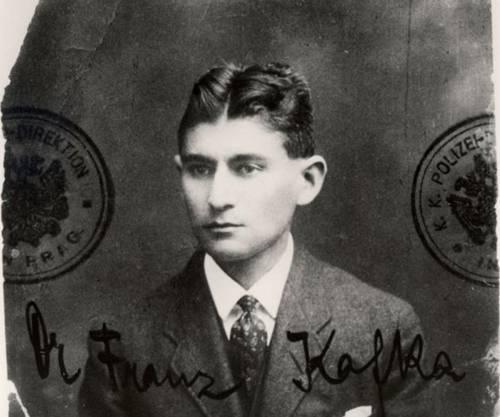 Il giovane Kafka, metamorfosi di un impiegato