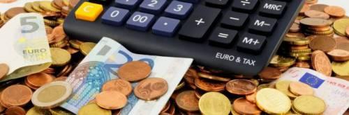 Risparmi, ma spendi sempre e comunque: la beffa delle bollette, dove i costi fissi sono il 40%