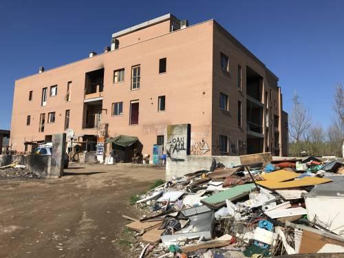 Italiani senza casa: il Comune gli propone di trasferirsi in un campo rom