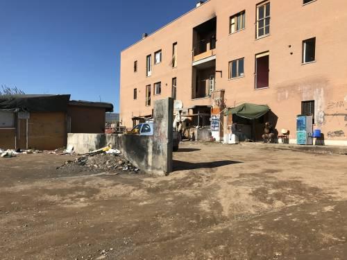 Italiani senza casa: il comune gli propone di trasferirsi in un campo rom 13