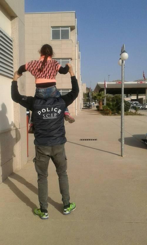 L'arrivo in Italia della piccola Emma, rapita e portata in Siria dal padre 2