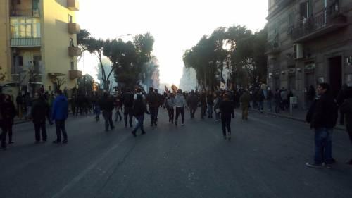 Napoli, scontri alla manifestazione anti-Salvini 2