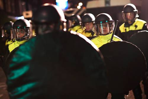 Amsterdam, scontri tra polizia e turchi 6