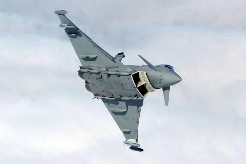L'Italia schiera sei caccia Typhoon in Islanda