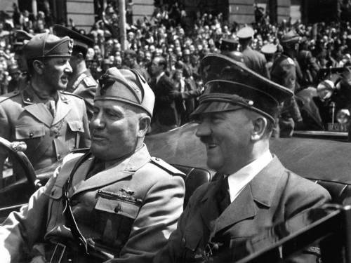 Il mistero dell'Ufo che spaventò Mussolini e sparì in America