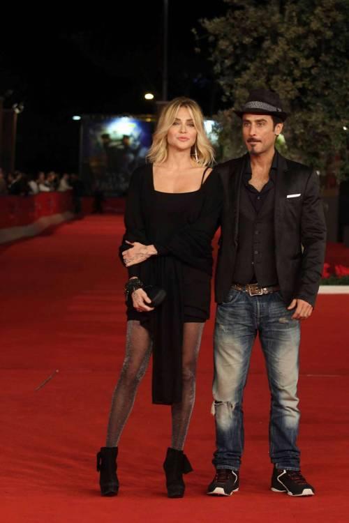 Paola Barale e Raz Degan, le foto della coppia 9