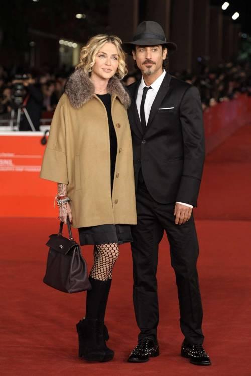 Paola Barale e Raz Degan, le foto della coppia 14