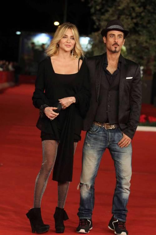Paola Barale e Raz Degan, le foto della coppia 21