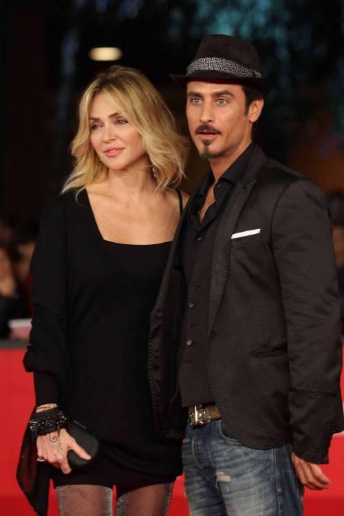 Paola Barale e Raz Degan, le foto della coppia 24