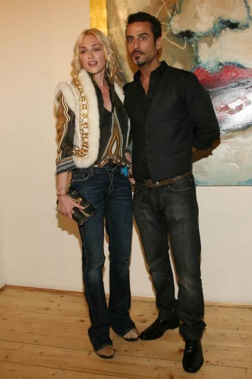 Paola Barale e Raz Degan, le foto della coppia 27