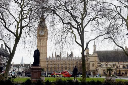 Spari al parlamento a Londra 6