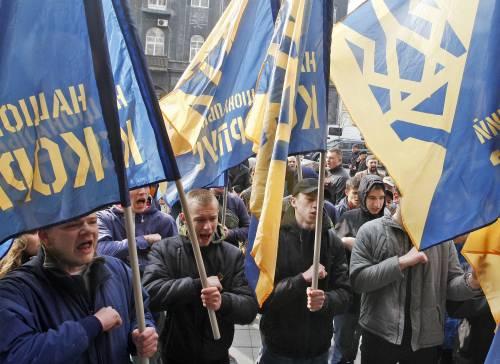Ucraina, nuove armi americane: Trump manda missili anticarro