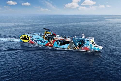 I SuperEroi colorano le navi Tirrenia