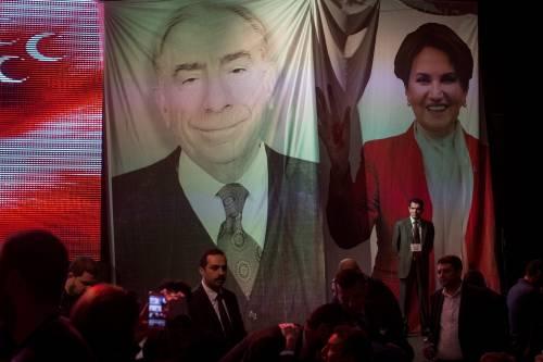 """Istanbul, comizio del """"no"""" in vista del referendum costituzionale 12"""