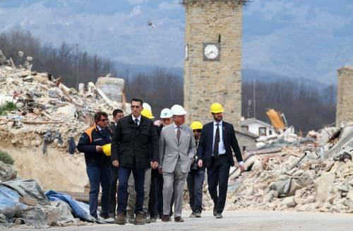 Amatrice, il principe Carlo in visita nel paese distrutto dal terremoto 9