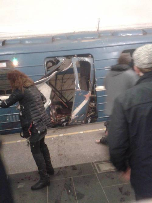 "Russia, ""esplosione in metro"" a San Pietroburgo"