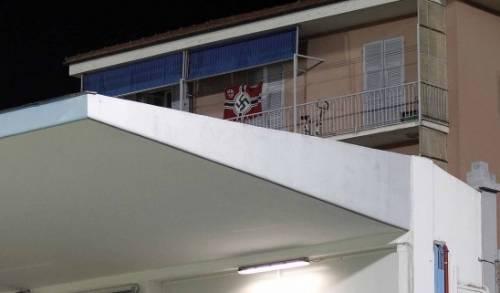 Bandiera nazista alla partita Entella-Ascoli