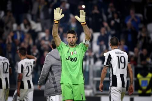 Presenze in Serie A: Buffon al secondo posto e mette nel mirino Maldini