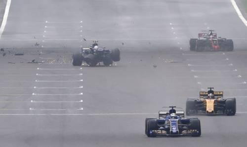 F1, l'incidente di Antonio Giovinazzi 8