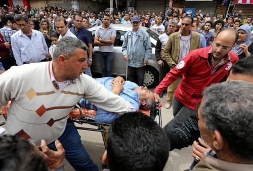 Attentato jihadista contro una chiesa nel Delta egiziano 11